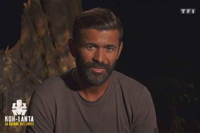 """""""Koh Lanta"""" : Mohamed éliminé par le collier de Cyril, sa réaction après le conseil (vidéo)"""