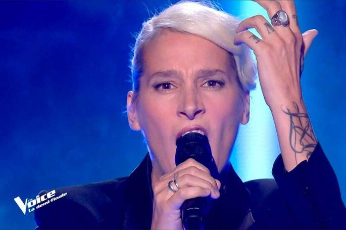 """Replay """"The Voice"""" : Demi Mondaine chante « Mon Dieu » d'Edith Piaf (vidéo)"""