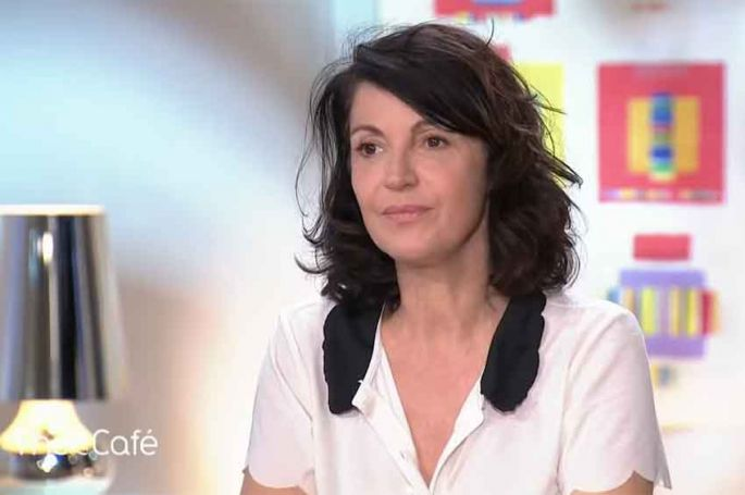 """Zabou Breitman tourne """"Le diable au coeur"""" pour France 2 au Havre et dans sa région"""