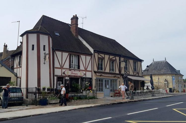 """""""Echappées Belles"""" : « L'Île-de-France, de villages en village », samedi 31 octobre sur France 5"""