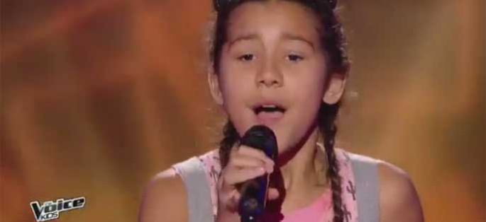 "Replay ""The Voice Kids"" : Sahna chante « Come » de Jain (vidéo)"