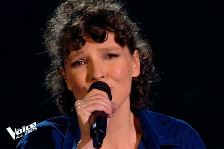 """Replay """"The Voice"""" : Anne Sila chante « Je reviens te chercher » de Gilbert Bécaud (vidéo)"""