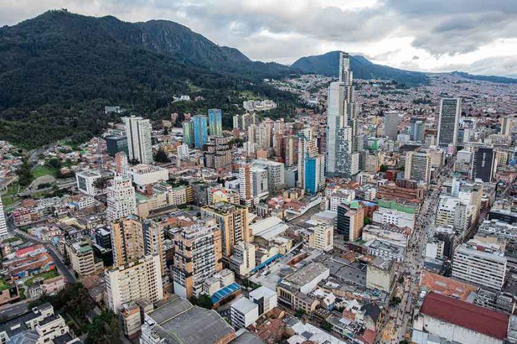 """""""Pékin Express"""" : 1ères images de la finale à Bogota, jeudi 19 septembre sur M6 (vidéo)"""