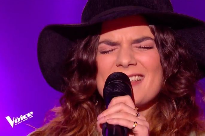 "Replay ""The Voice"" : Camille chante « Dance Monkey » de Tones and I (vidéo)"