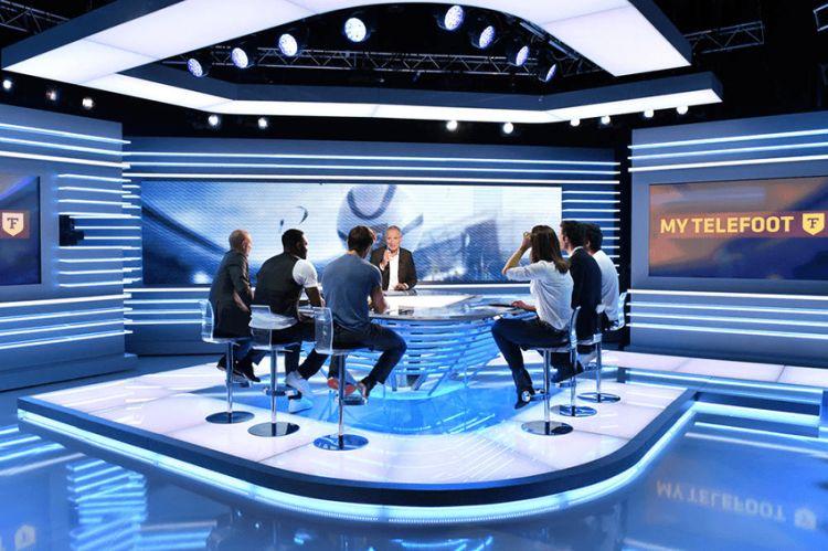 """""""Téléfoot"""" de retour le 30 août sur TF1 : nouveau décor, nouvelle formule"""