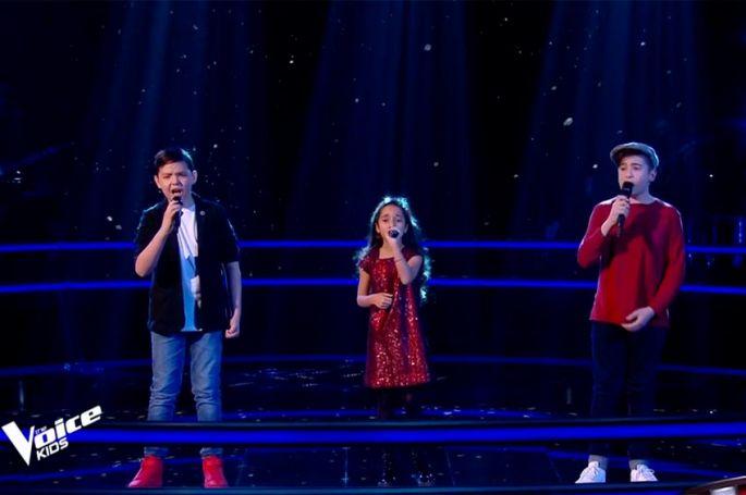 """Replay """"The Voice Kids"""" : Martin, Rébecca & Thomas chantent « Utile » de Julien Clerc (vidéo)"""