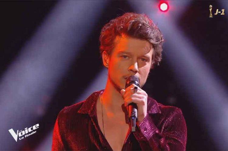 "Replay ""The Voice"" : Sidoine chante « Crazy » de Gnarls Barclay en finale (vidéo)"