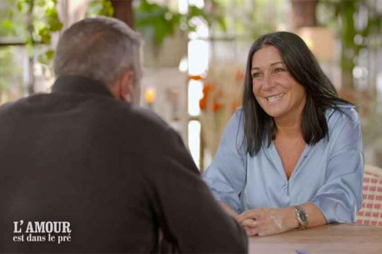 """Replay """"L'amour est dans le pré"""" : gros coup de coeur entre Sébastien & Karine (vidéo)"""