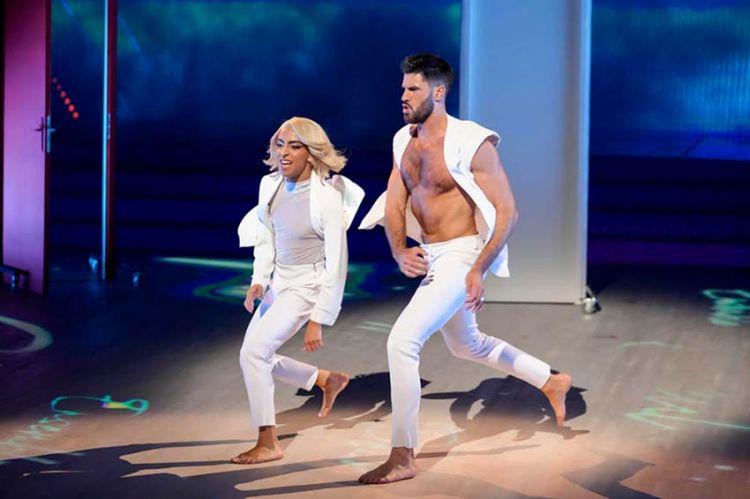 "Replay ""Danse avec les stars"" : Bilal Hassani & Jordan Mouillerac sur « Courage to change » de Sia (vidéo)"