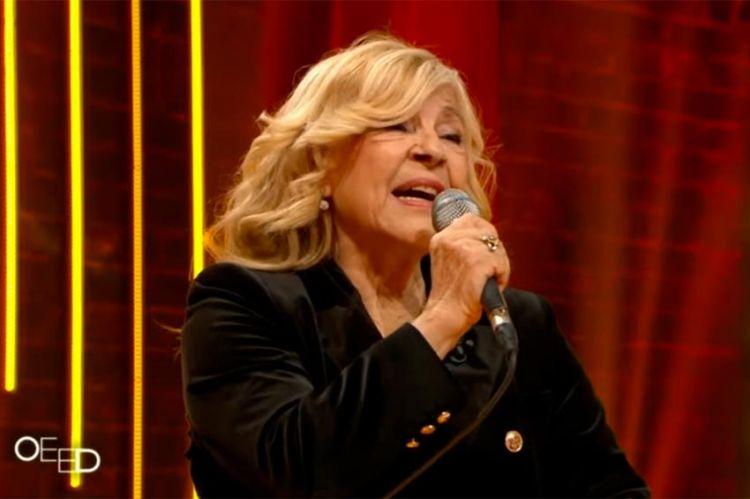 """Replay """"On est en direct"""" : Nicolatta interprète ses plus beaux titres (vidéo)"""