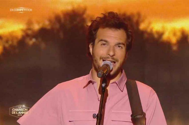 """Replay """"La chanson de l'année"""" : Amir gagne l'édition 2019 avec son titre « Longtemps » (vidéo)"""
