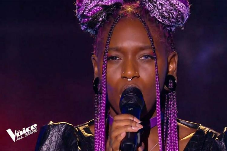 """Replay """"The Voice"""" : Emmy Liyana chante « Wicked Game » de Chris Isaak (vidéo)"""