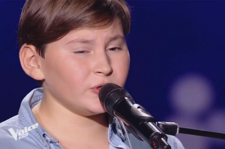 "Replay ""The Voice Kids"" : Alexandre chante « Adieu » de Slimane (vidéo)"