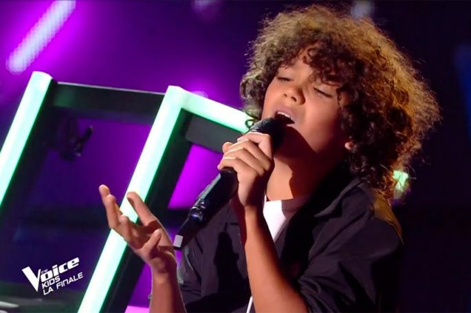 "Replay ""The Voice Kids"" : Enzo chante « Uncover » de Zara Larsson (vidéo)"