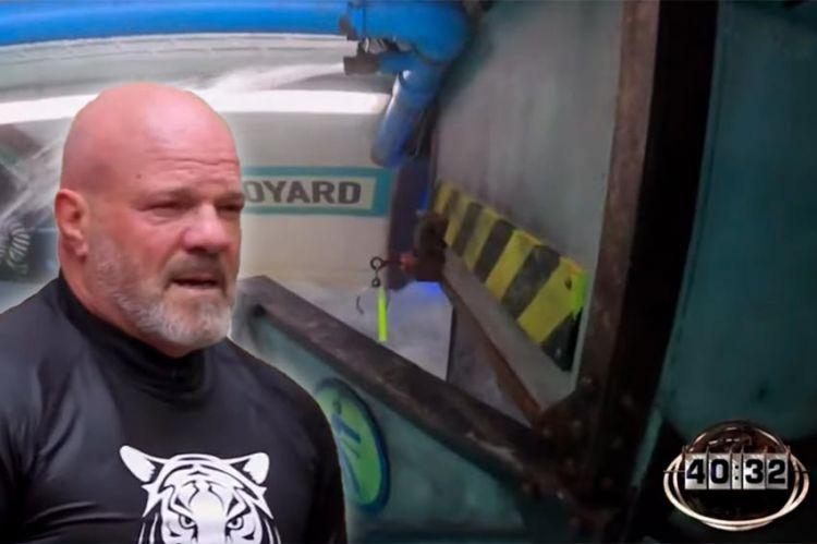 """""""Fort Boyard"""" : Philippe Echebest oublie de prendre la clé dans le métro inondé (vidéo)"""