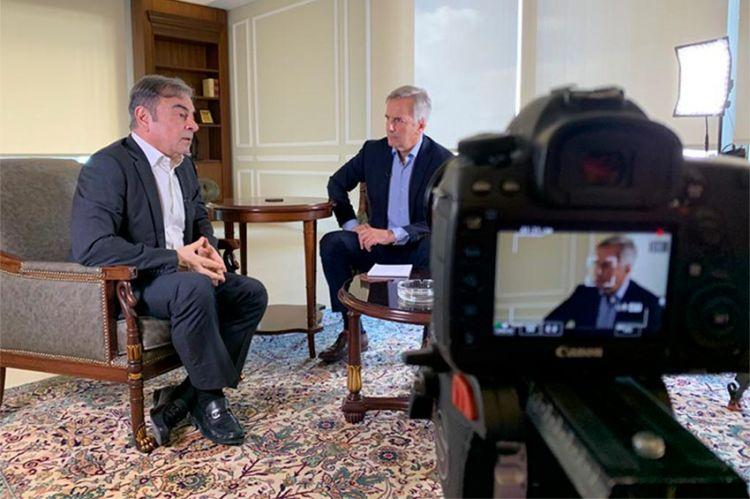 """""""Enquête Exclusive"""" : Évasion de Carlos Ghosn, enquête sur les prisons et la justice au Japon ce soir sur M6 (vidéo)"""