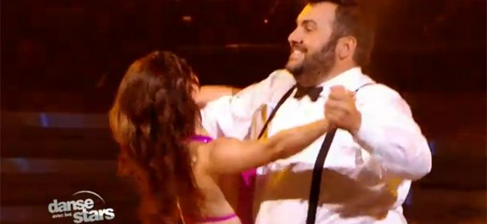 "Replay ""Danse avec les stars"" : regardez Laurent Ournac qui danse sur « it's not unusual » de Tom Jones (vidéo)"
