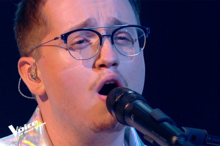 """Replay """"The Voice"""" : Antoine Delie chante « SOS d'un terrien en détresse » de Daniel Balavoine (vidéo)"""