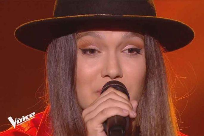 """Replay """"The Voice"""" : Laureen chante « mon vieux » de Daniel Guichard (vidéo)"""