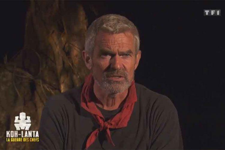 """""""Koh Lanta"""" : Xavier éliminé par les rouges, sa réaction après le conseil (vidéo)"""