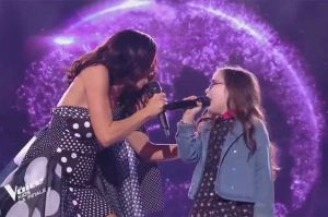 "Revoir ""The Voice Kids"" : Jennifer & Emma « Viens on s'aime » de Slimane en finale (replay vidéo)"