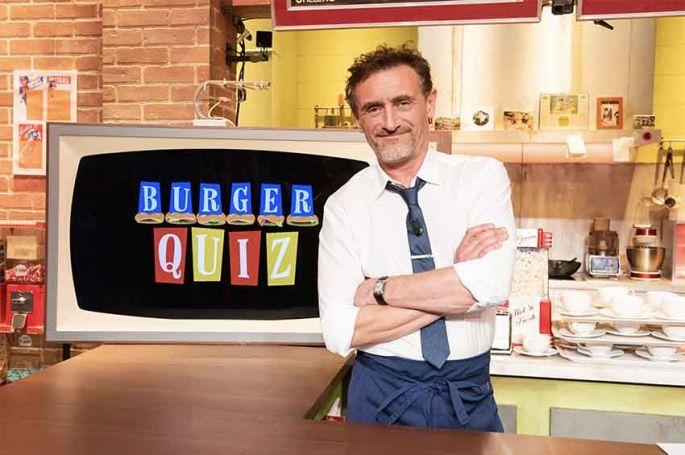 """""""Burger Quiz"""" : les invités reçus par Jean-Paul Rouve et Maurice Barthélemy mercredi sur TMC"""