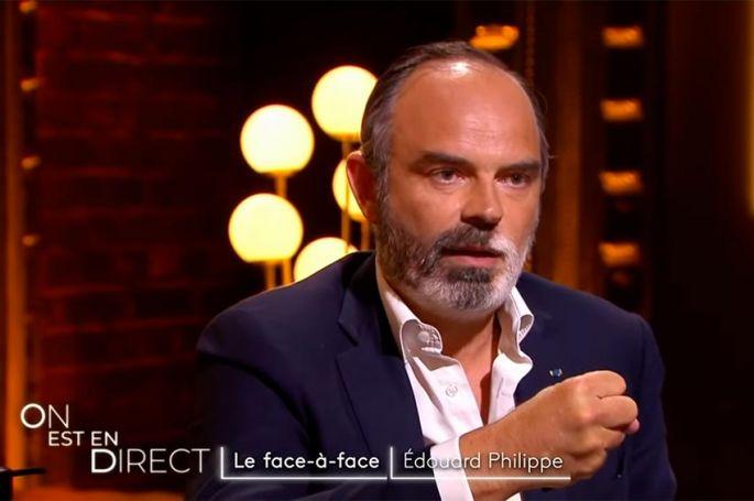 """""""On est en direct"""" : Édouard Philippe en face à face avec Laurent Ruquier (vidéo)"""
