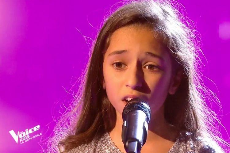 """Replay """"The Voice Kids"""" : Rébecca chante « You raise me up » de Josh Groban (vidéo)"""