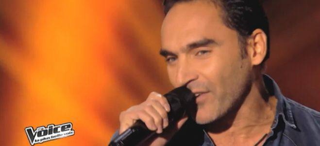 "Replay ""The Voice"" : regardez Akram qui interprète « Still Loving You » de Scorpions (vidéo)"