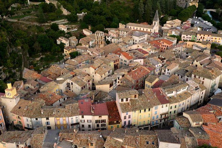 """""""Les 100 lieux qu'il faut voir"""" : les Alpes de Haute-Provence, dimanche 9 août sur France 5"""