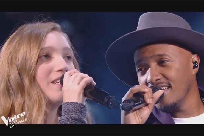 """Revoir """"The Voice Kids"""" : Soprano & Lili « Changer » de Maître Gims en finale (replay vidéo)"""