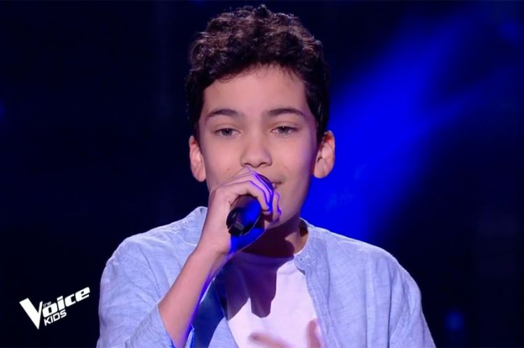 """Replay """"The Voice Kids"""" : Nathan chante « Someone You Loved » de Lewis Capaldi (vidéo)"""