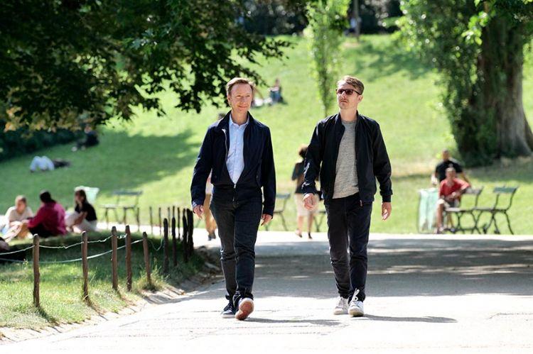 """""""Laissez-vous guider"""" : la traversée de Paris avec Stéphane Bern et Lorànt Deutsch le 30 avril sur France 2"""