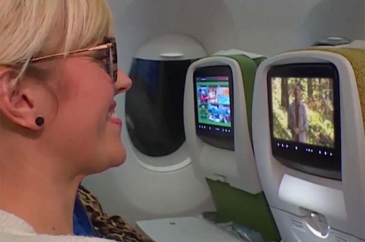 """""""Pékin Express"""" : l'aventure va débuter dans l'avion pour les nouveaux binômes ! (vidéo)"""