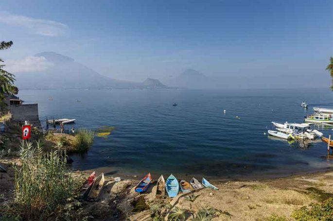 """1ère étape de """"Pékin Express"""" ce soir sur M6 : départ du Lac Atitlàn au Guatemala"""