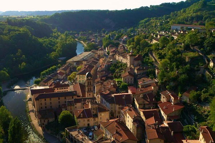 """""""Les 100 lieux qu'il faut voir"""" : l'Isère, de Vienne aux terres pastorales, dimanche 4 juillet sur France 5"""