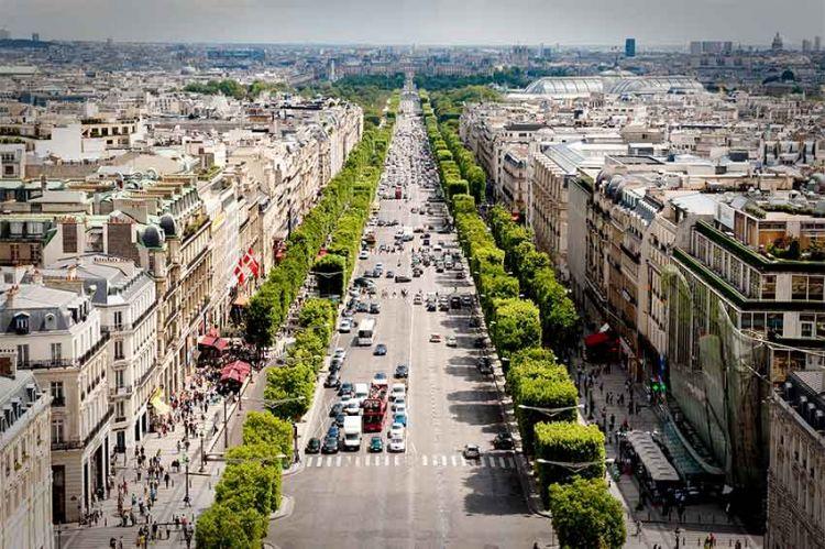 """""""Reportages decouverte"""" : « Les secrets des Champs-Élysées », dimanche 16 août sur TF1"""