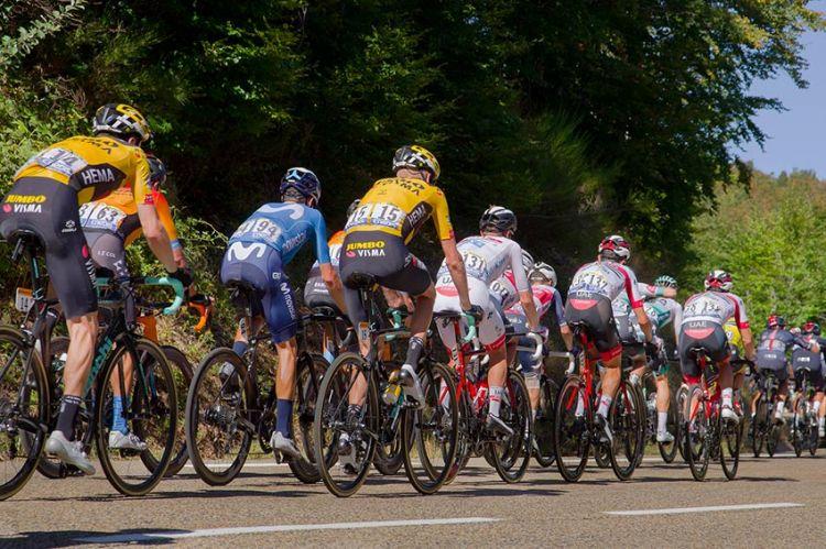 Tour de France 2021 : les étapes du 26 juin au 2 juillet à suivre sur France 2 & France 3