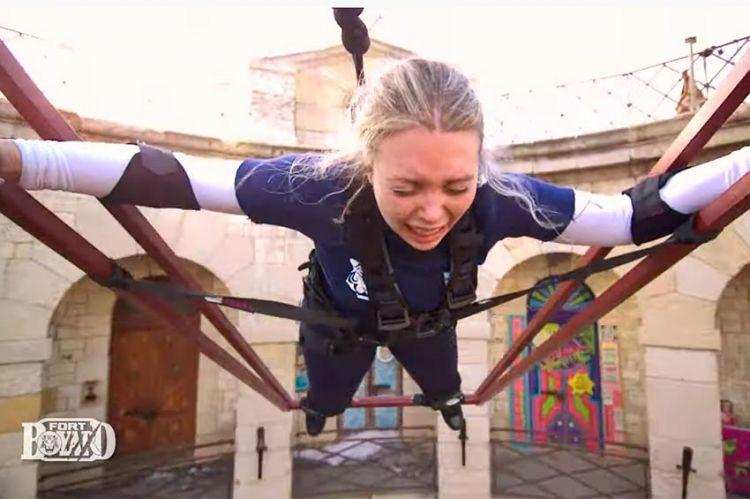 """Extrait """"Fort Boyard"""" : Héloïse Martin en larmes dans la cloche, ce soir sur France 2 (vidéo)"""