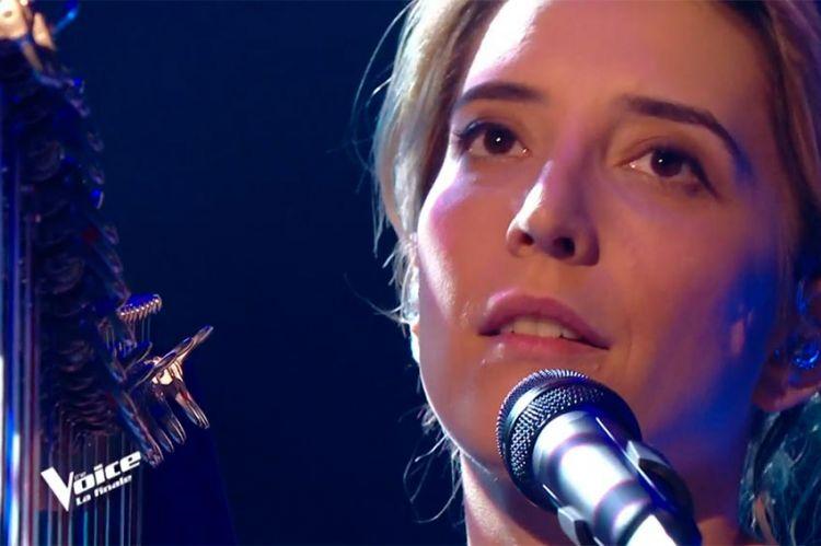 """Replay """"The Voice"""" : Gustine chante « Elle a les yeux révolver » en finale (vidéo)"""