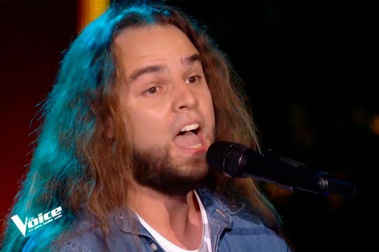"""Replay """"The Voice"""" : Luciano Cadô chante « Grace Kelly » de Mika (vidéo)"""