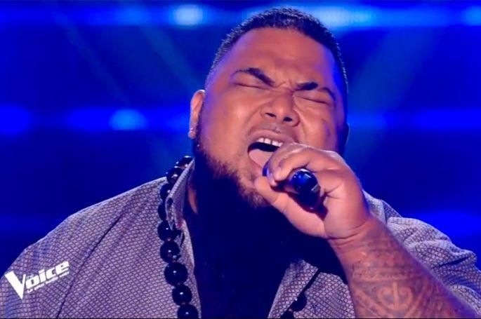"""""""The Voice"""" : TF1 dévoile l'audition de Jimmy qui chantera « It's a Man's Man's Man's world » samedi sur TF1 (vidéo)"""