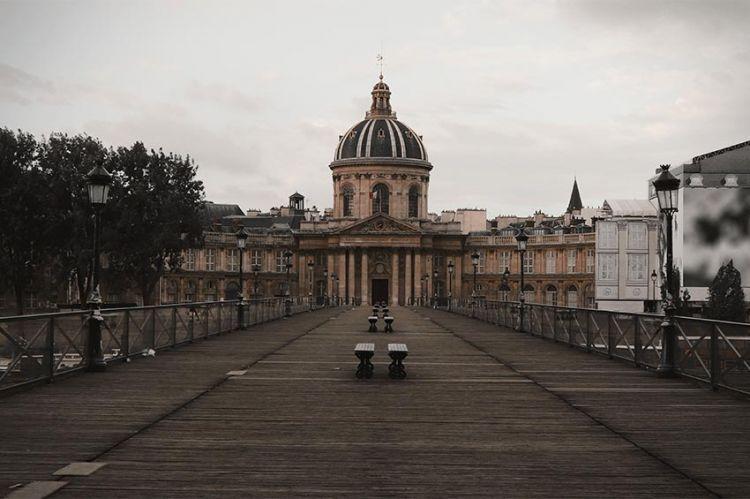 C8 déprogramme son document « Confinement général : le quotidien des français face à la pandémie du siècle »