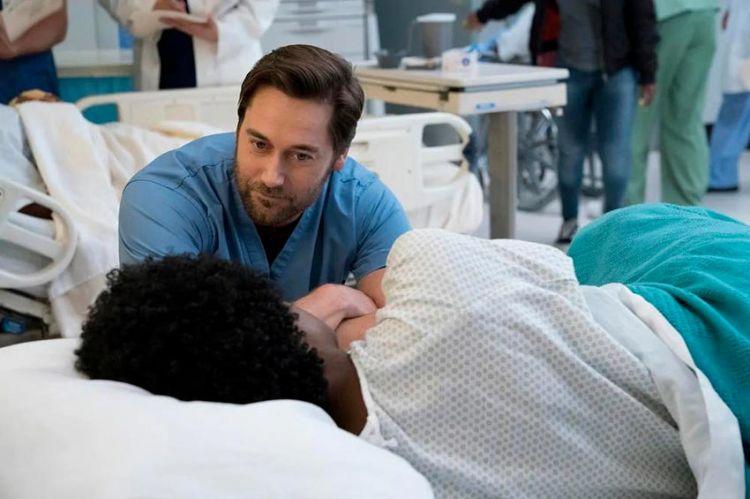 """""""New Amsterdam"""" : la suite de la saison 2 sera diffusée sur TF1 à partir du 25 novembre"""