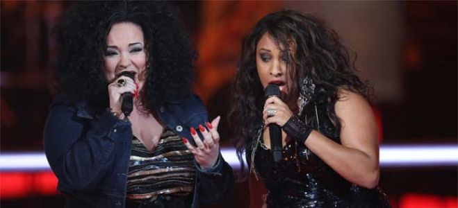 "Vidéo Replay ""The Voice"" : regardez la battle entre Sandy Coops et Nadja"
