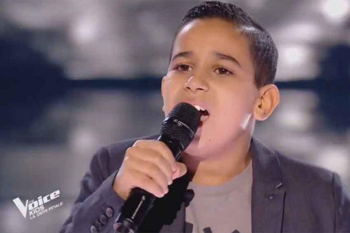 """Revoir """"The Voice Kids"""" : Ismaël chante « Armstrong » de Claude Nourago en demi-finale (vidéo)"""