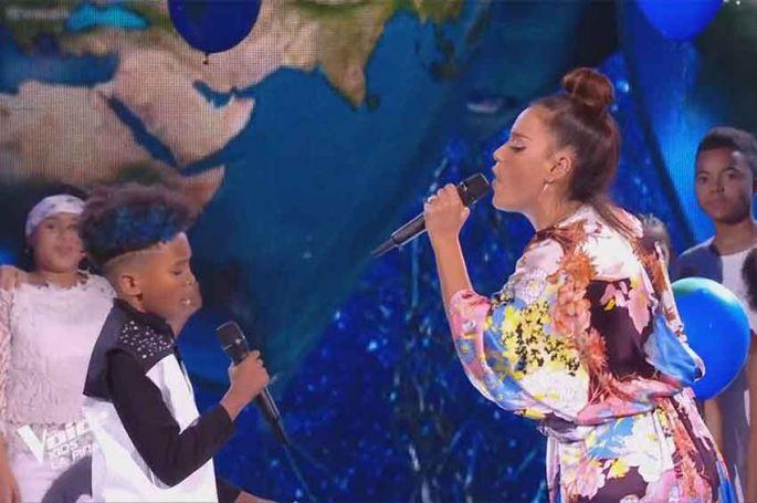 "Replay ""The Voice Kids"" : Amel Bent & Soan « We are the world » de Michael Jackson (vidéo)"