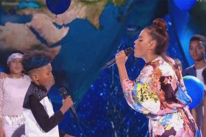 "Replay ""The Voice Kids"" : Amel Bent & Soan « We are the world » de Michael Jackson (vidéo)"