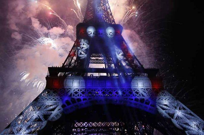 """14 Juillet : """"Le Concert de Paris"""" et le feu d'artifice à vivre en direct sur France 2"""