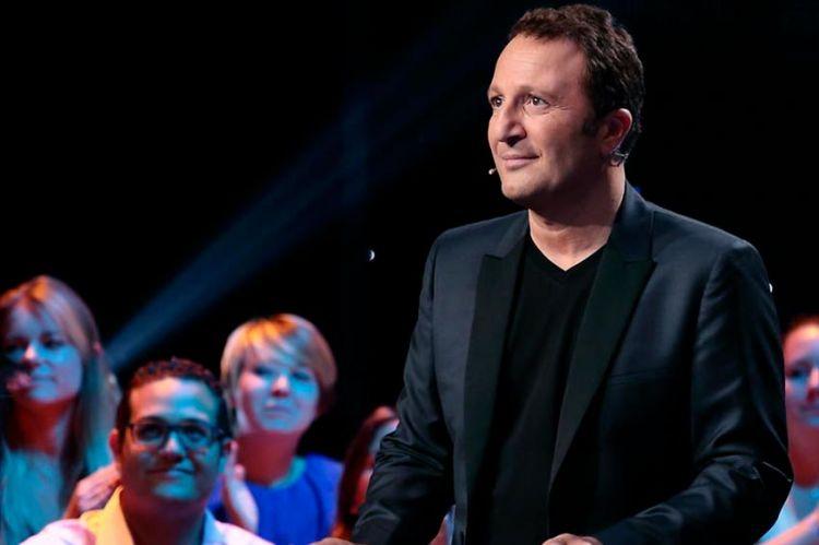 """""""Vendredi tout est permis"""" : spéciale « Tubes » ce 2 octobre sur TF1 avec Arthur (vidéo)"""